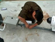 员工安装支架监控图